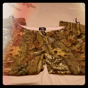 NWOT Mossy Oak Break-Up Infinity Camo Pants